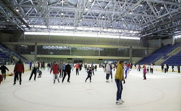 ВКЧР построят ледовый дворец иреконструируют драмтеатр