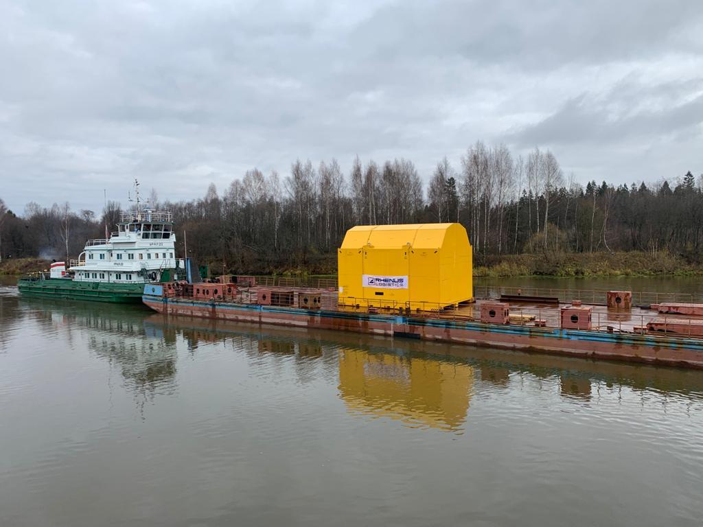 Из Италии в Дубну прибыли части магнита, изготовленные по заказу ОИЯИ в Генуе