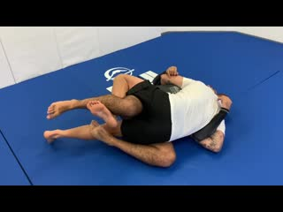 Very Interesting Way To Pass The BJJ Half Guard No Gi by Paul Schreiner very interesting way to pass the bjj half guard no gi by