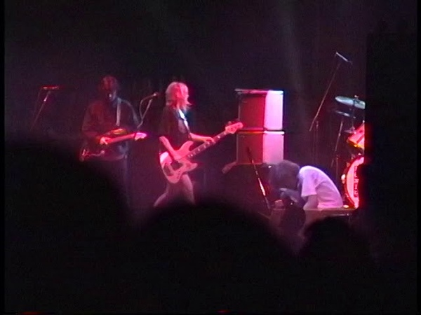 Sonic Youth Castaic Lake Ampthitheater Castaic Ca 9 26 92 xfer from Hi8 Master w Soundboard Audio