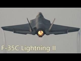 Взлёт стелс истребителей F-35C с атомного авианосца