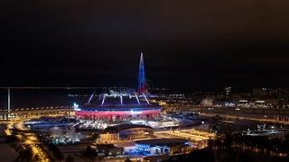 """Новогоднее световое шоу на стадионе """"Газпром Арена"""" и Лахта Центре 2021"""