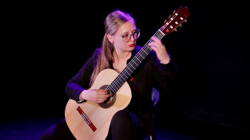 Hannelore Vander Elst plays Romanza by Miguel Llobet
