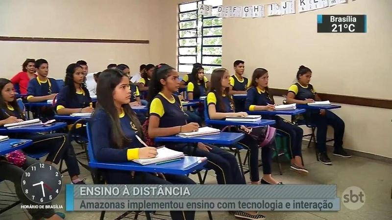 Um das propostas de Jair Bolsonaro para a educação é ampliar o ensino à distância   SBT Brasil