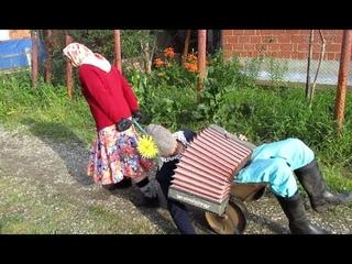 """""""Лежит  Мужик - НИЧЕЙ!""""..Прикол для поднятия настроения!..Ю.Острая, гр.""""УльтраСи""""(Челябинск)"""