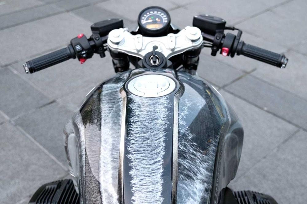 Woidwerk: кафе рейсер BMW R nineT