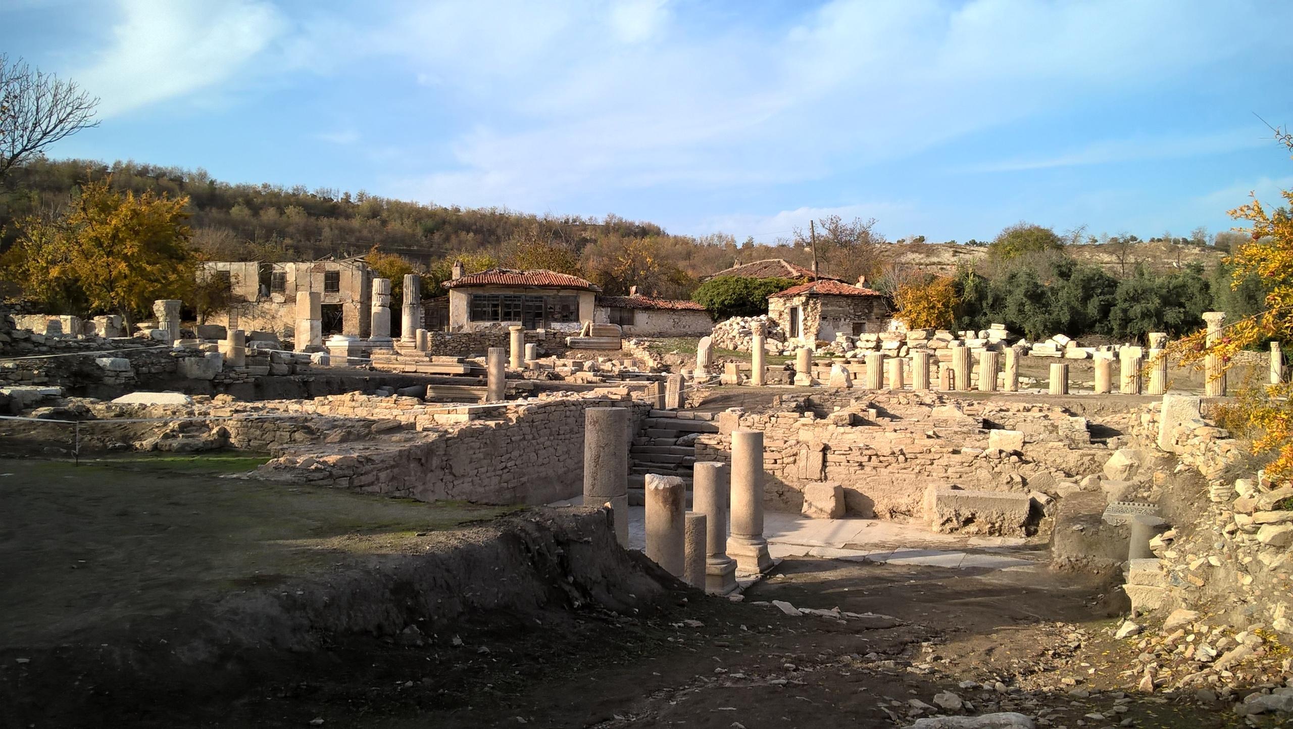 Древний город Стратоникеа