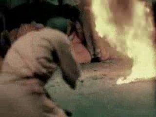 Буддийский монах сжигает себя заживо