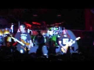 Roadrunner United - Sic (Live)