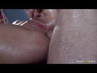 Brazzers : Addicted To Ass Massages - Jessie Volt, Johnny Sins