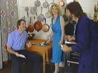 Educating Nina / Обучение Нины (Nina Hartley, Juliet Anderson, Karen Summer,   Mike Horner)