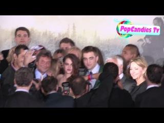 Robert Pattinson & Kristen Stewart with Paparazzi at Twilight Breaking Dawn 2 Premiere in LA