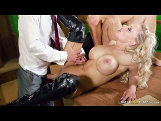 Jasmine Jae & Loulou  [Milf  Teen  Big Ass  Big Tits  Handjob  Blowjob  Deepthroat  CumShot  Porno HD  Hardcore]