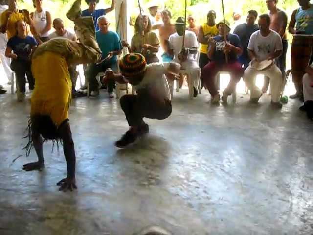 Capoerando 2012 Mestre Cobra Mansa vs Mestre Claudio