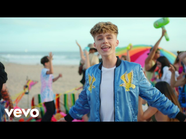 HRVY Holiday ft Redfoo