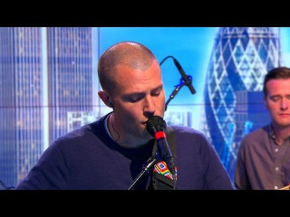 The Maccabees - Grew Up At Midnight (CBS Saturday Session)