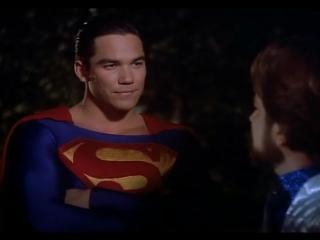 """Зачем тебе дурацкий костюм? (отрывок из сериала """"Лоис и Кларк: Новые приключения Супермена"""")"""