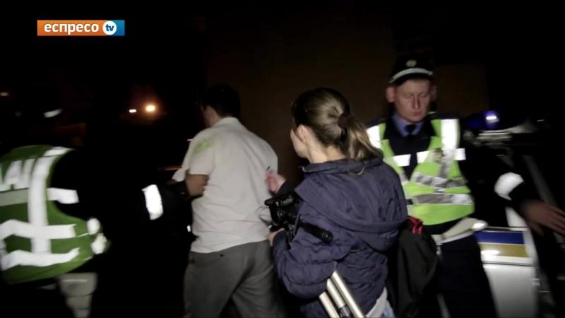 львов vo lvove obshchestvennie aktivisti pomogli zadergat mestnogo chinovnika