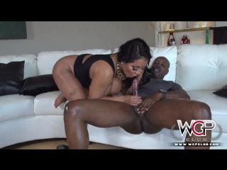 Kiara mia kim kardashian look alike takes a bbc xxx () [1080p, big tits, black cock, latina, milf, fat ass, anal]