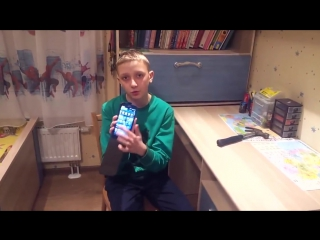 Russian kid breaks his mobile phone