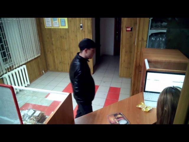 В Новотроицке сотрудники полиции ищут мужчину «подломившего» деньги