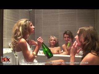 Русская вечеринка с сексом в ванной