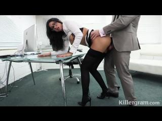 Начальник поймал сотрудницу за мастурбацией порно,hd,секс в офисе,в чулках,на работе,милф,milf,зрелую,трахает,женщину,2016,sex