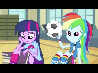 MLP_ Equestria Girls - Rainbow Rocks EXCLUSIVE Short - Shake your Tail!