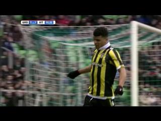 Доминик Соланке 0-1, 0-3   Гронинген 0-3 Витесс     