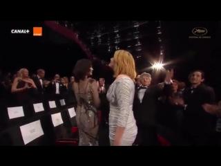 """Ева в компании Эммануэль Сенье и Романа Полански на премьерном показе фильма """"Основано на реальных событиях""""  в Каннах."""