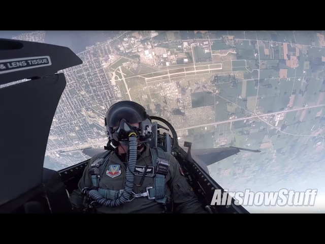 F-16 Cockpit Cam - Aerobatics and Heritage Flight w/P-51 Mustang - EAA AirVenture Oshkosh 2016