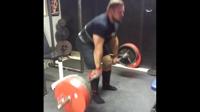 Матиаш Белшак, становая тяга - 250 кг на 20 раз !