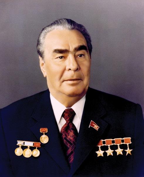 Брежневу - 114!