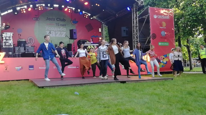 JazzBetween dance masterclass