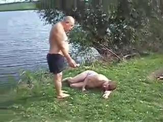 Кишка не встаёт и не едет до дому чо делать хуй его знает пиздец