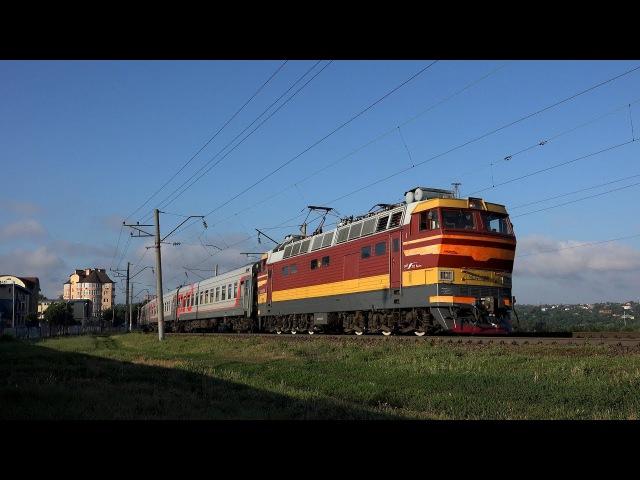 Электровоз ЧС4Т 498 с поездом №311 Новороссийск Воркута