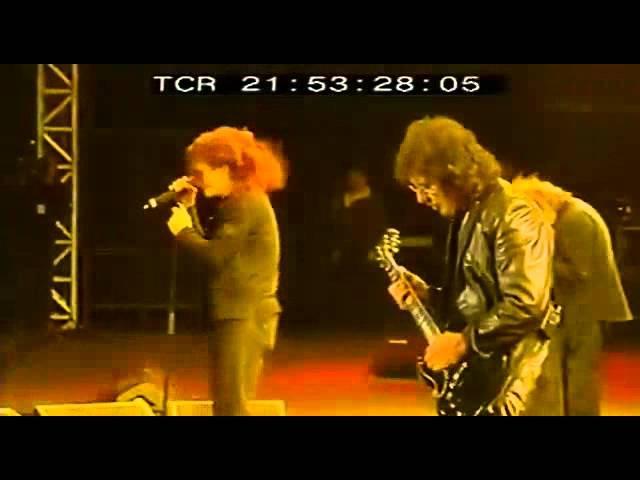 Black Sabbath - (1971) Into The Void (Live 2005) (Sous Titres Fr)