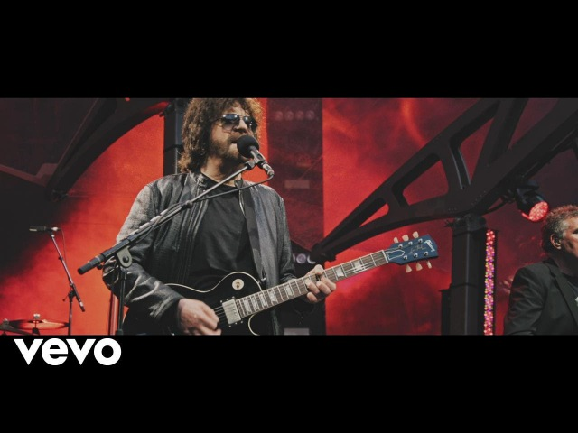 Jeff Lynne's ELO Evil Woman Live at Wembley Stadium