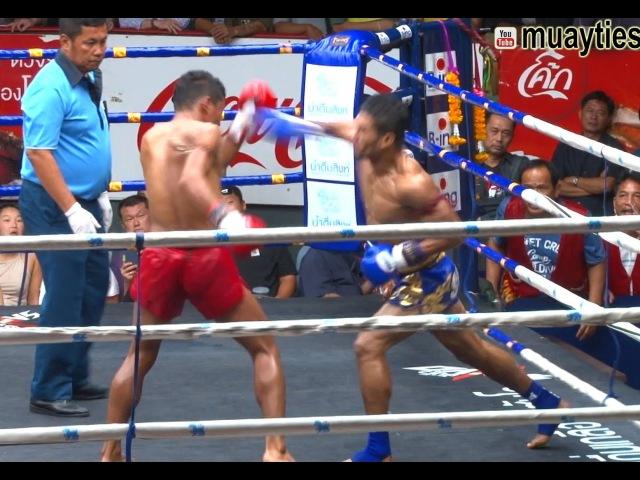 Muay Thai - Klasuek vs Pettaksin (กล้าศึก vs เพชรทักษิณ ), Rajadamnern Stadium, Bangkok, 15.8.16 muay thai - klasuek vs pettaksi