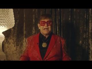 Реклама сникерс ( snickers)с элтоном джоном -rap-battle--behind-the-scenes