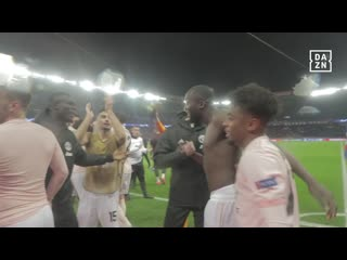 Oles at the wheel! Manchester United players and fans celebrate PSG win