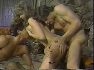 Traci Lords - Harlequin Affair - sc3 (1985) порно секс минет сексуальные соски шлюхи шикарные бляди ебутся сиськи жопы boobs tit