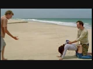Парень увидел как его девушку трахает мужчина на пляже