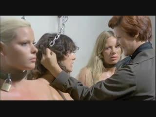 Пытки над заключенными девушками в женской тюрьме (сцены из фильмов, голые зечки, изнасилование в тюрьме)