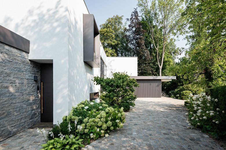 House L019