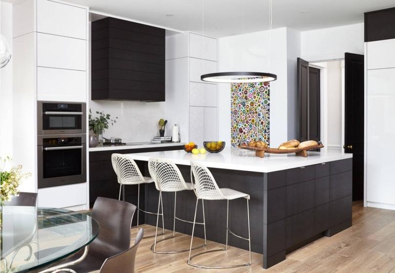 Черно-белая кухня – особенности контрастного дизайна., изображение №6