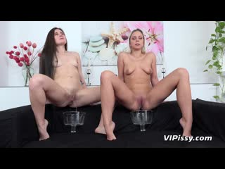VIPissy Julia Parker And Lara Fox