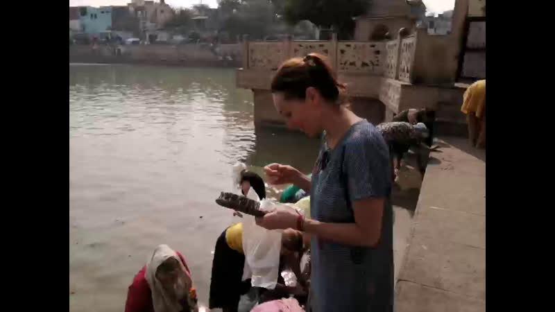 СЕВА на Радха Кунде чистим свои сердца