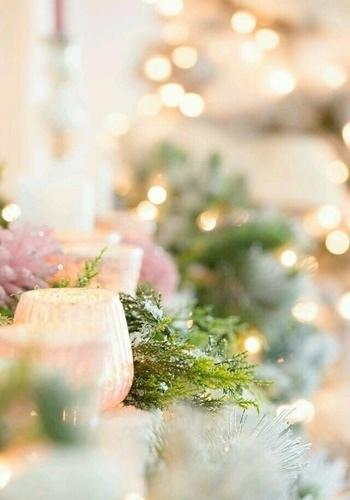 Самые дорогие в мире подарки бесплатны: доброта, внимание, забота, сочувствие, поддержка, любовь .. И завёрнуты они должны быть всего лишь в один материал ИСКРЕННОСТЬ... С добрым