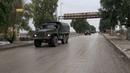 تل تمر دورية عسكرية روسية تعبر المدينة الواقعة على الطريق الدولي M4